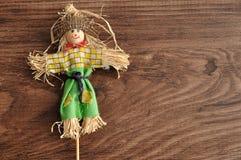 一个微笑的稻草人 图库摄影