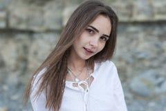 一个性感的年轻嬉皮女孩的画象boho别致样式的 图库摄影