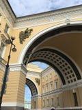 一个总参谋部大厦在圣彼得堡 库存照片