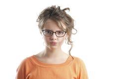 一个恼怒的小女孩的画象 免版税库存照片