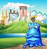 一个恼怒的肥胖蓝色妖怪在城市 库存照片