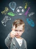 一个想法的孩子的一个概念性图象 免版税库存照片