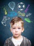 一个想法的孩子的一个概念性图象 库存照片