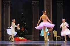 一个愉快的克拉拉公主这芭蕾胡桃钳 免版税库存照片