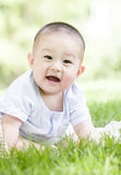 一个愉快的婴孩 免版税库存照片