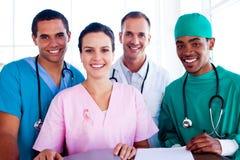 一个成功的医疗队的画象的综合图象在工作 免版税图库摄影