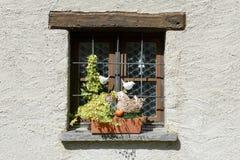 一个房子的农村窗口Sorengo村庄的  免版税库存图片
