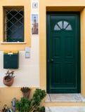 一个房子的门在阿尔加威葡萄牙 库存图片