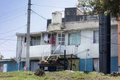 一个房子的门面在城市,墨西哥城,墨西哥 免版税图库摄影