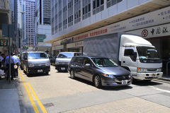 一个拥挤胡同的交通堵塞 免版税库存照片