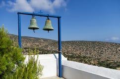 一个教会的响铃在Iraklia海岛,希腊 库存照片
