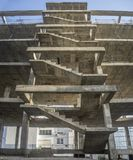 一个新的公寓的外部楼梯结构 库存图片