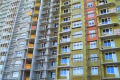一个新的家的建筑阶段门面绝缘材料的 免版税库存图片