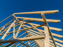 一个新的屋顶的屋顶 免版税库存照片