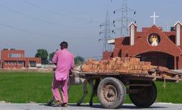 一个新的教会建设中锡克教徒的控制了区域 库存照片