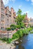 一个晴朗的下午的风景教务长Village,在爱丁堡,苏格兰 库存图片