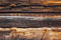 一个木房子的大日志纹理  免版税库存图片