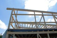 一个木房子的建筑 免版税图库摄影