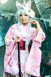 一个未认出的日本芳香树脂cosplay姿势在日本Festa在曼谷2013年。 免版税库存图片
