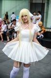 一个未认出的日本芳香树脂cosplay姿势在日本Festa在曼谷2013年 免版税库存照片