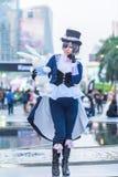 一个未认出的日本芳香树脂cosplay姿势 库存照片