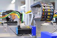 一个机器的细节有气动力学的线的在工业producti 库存照片