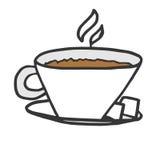 一个杯子与糖两个片断的热的热奶咖啡在银pla的 免版税库存照片