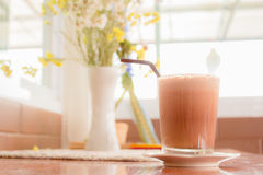 一个杯子可可粉latte1 免版税图库摄影