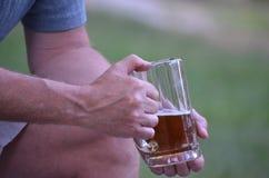 一个杯子好NH啤酒 免版税库存图片