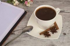 一个杯子芬芳早晨咖啡 图库摄影