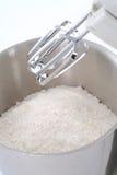 一个杯子面粉 免版税库存图片