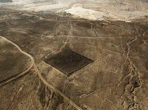 一个沙漠风景的鸟瞰图在兰萨罗特岛,加那利群岛,西班牙海岛上的  沙漠背景,纹理 库存照片