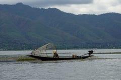 一个湖渔夫Inle湖缅甸Nyaung Shwe 免版税库存图片