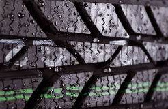 一个湿轮胎的特写镜头照片 免版税图库摄影