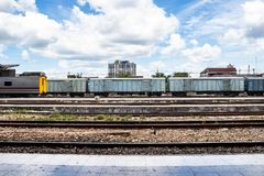 一个火车站的铁轨 免版税图库摄影