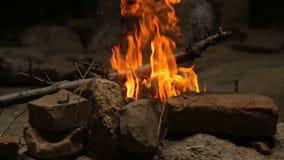 一个灼烧的营火 股票视频