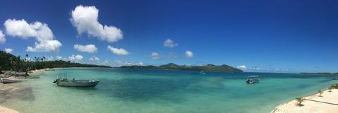 一个热带海滩胜地的风景在斐济 免版税图库摄影