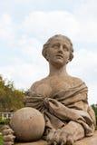 一个狮身人面象的雕塑在宫殿的Massandra大大阳台的  库存照片