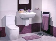 一个现代卫生间的细节有水槽的 图库摄影