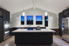 一个现代厨房  免版税库存照片