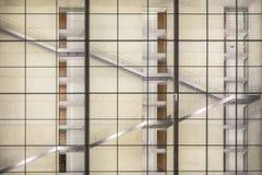 一个现代大厦的楼梯 免版税图库摄影