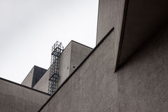 一个现代大厦的建筑细节 免版税图库摄影