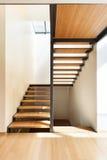 一个现代房子的楼梯 库存图片