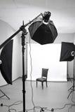 一个现代照片演播室的内部 免版税库存图片