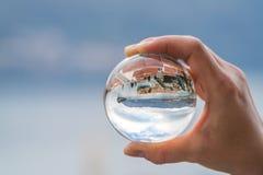 一个玻璃球的布德瓦 免版税库存图片