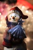 一个甜圣诞节雪人 免版税库存图片