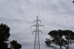 一个电线杆本质上 免版税库存图片