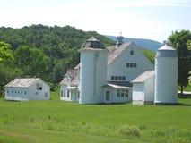 一个白色谷仓在佛蒙特 库存照片
