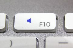 一个白色键盘的宏观图片 免版税图库摄影