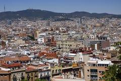 一个看法向从Montjuic小山的巴塞罗那 免版税库存图片
